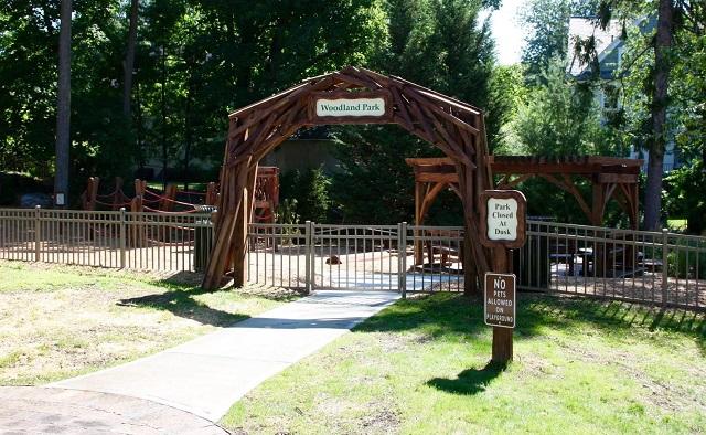 Woodland Park entrance